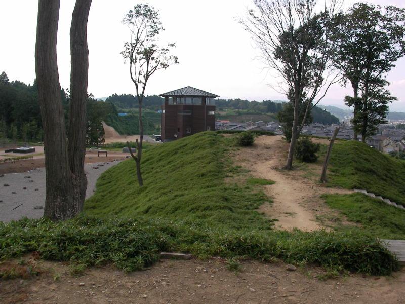 「古墳館」方面