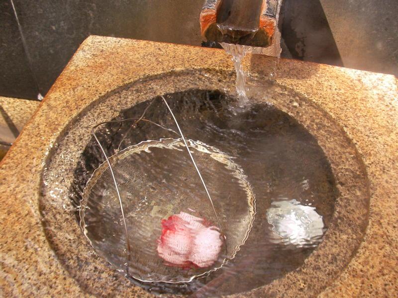 温泉卵作り中